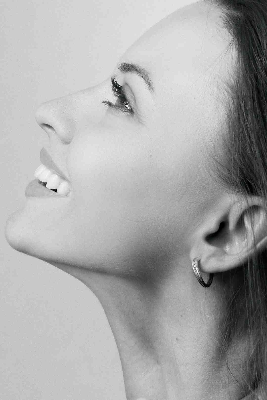Comment arrêter de se curer le nez