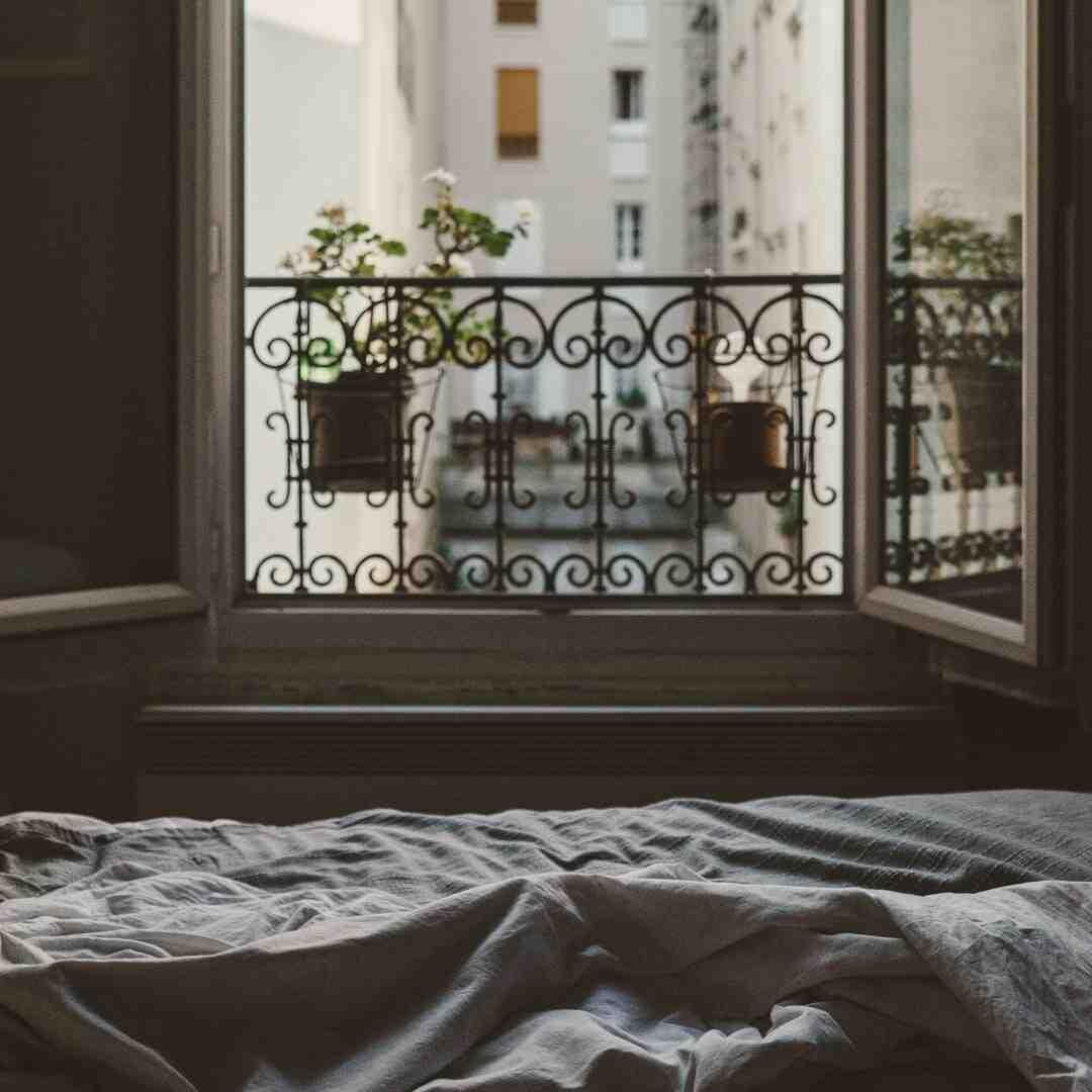 Pourquoi je n'arrive pas à sortir du lit ?