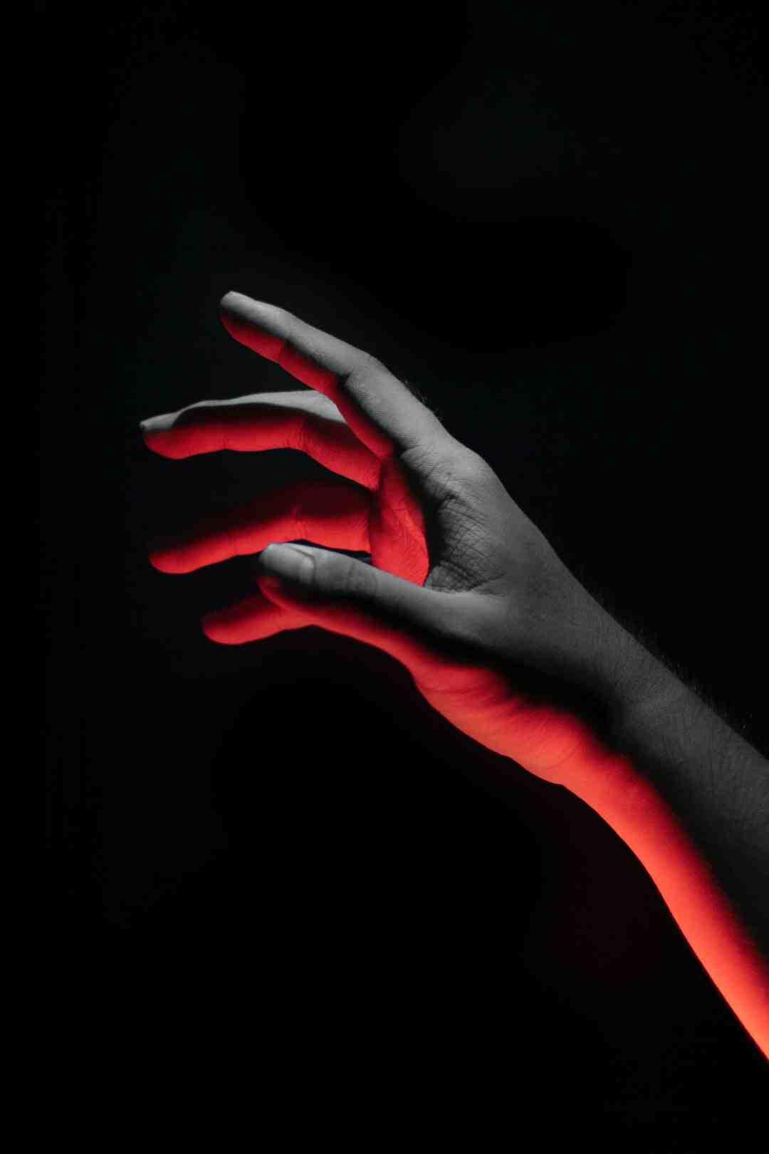 Comment enlever de la sève de ses mains